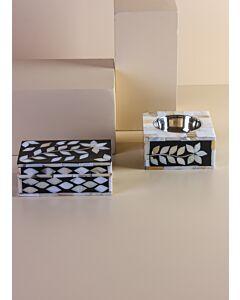 طقم مبخرة مع صندوق سيندار- لون أسود