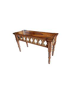 طاولة مدخل غولدن باترفلاي