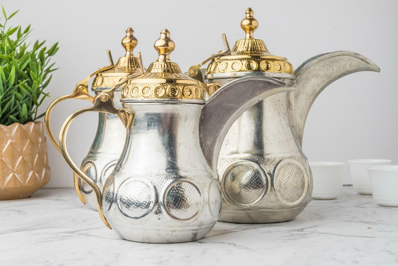 تسوق طقم دلات قهوة غولد اند سيلفر 2020 في السعودية - بـيـتـو