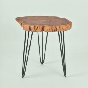 طاولة جانبية خشبية ناتيورال بحواف متعرجة وثلاث قوائم - لون بني