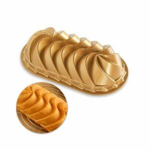 قالب رغيف الخبز الذهبي